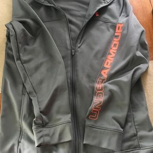 Youth (boys) zip up UA YXL, worn only 2times